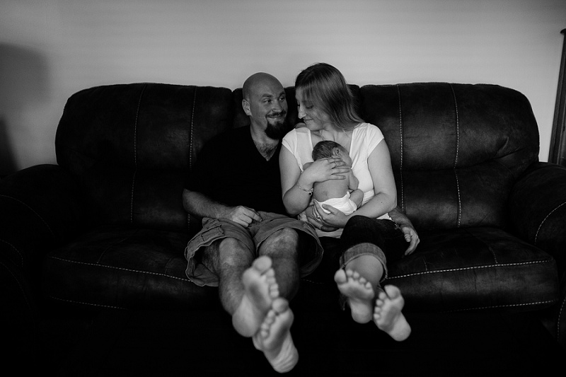ludington-michigan-lifestyle-newborn-session-in-home-documentary-session-west-michigan-with-sawyer-7637.jpg