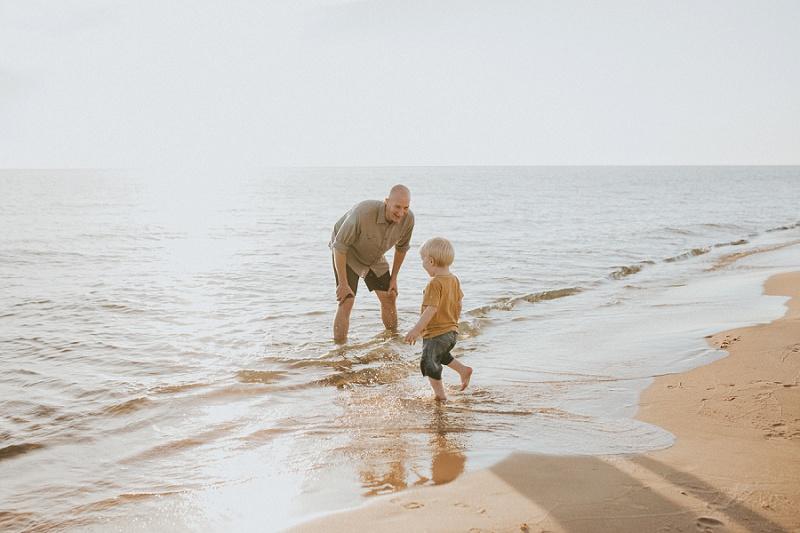 ludington-michigan-lifestyle-family-photographer-west-michigan-family-session-with-meg-9245.jpg