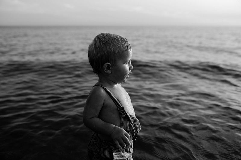 ludington-michigan-photographer-beach-session-minis_0019.jpg
