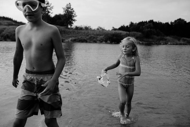 ludington-michigan-photographer-beach-session-minis_0046.jpg