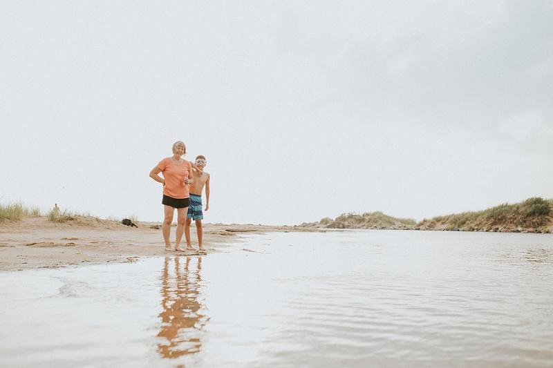 ludington-michigan-photographer-beach-session-minis_0047.jpg