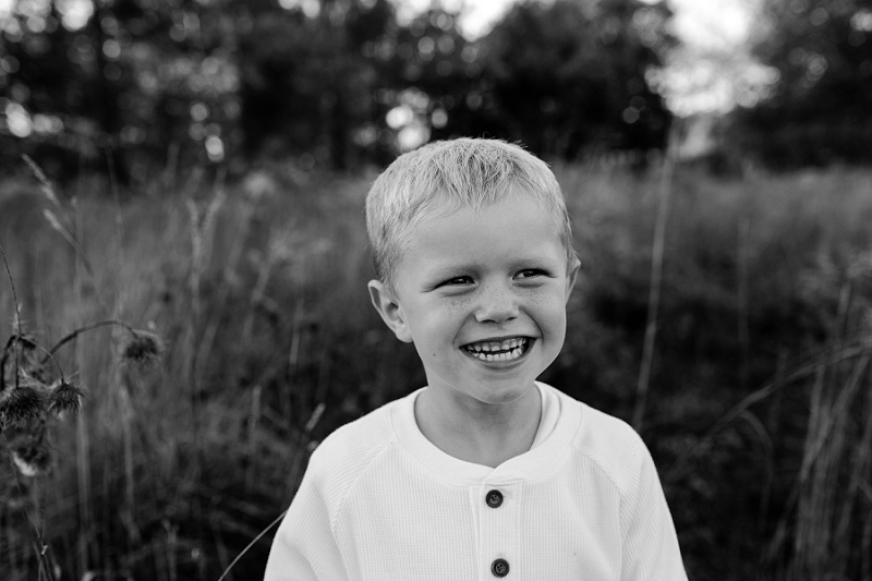 michigan-lifestyle-photographer-ludington-michigan-family-session-with-andrea-and-jeremy-5230.jpg
