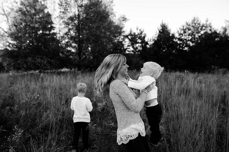 michigan-lifestyle-photographer-ludington-michigan-family-session-with-andrea-and-jeremy-5268.jpg