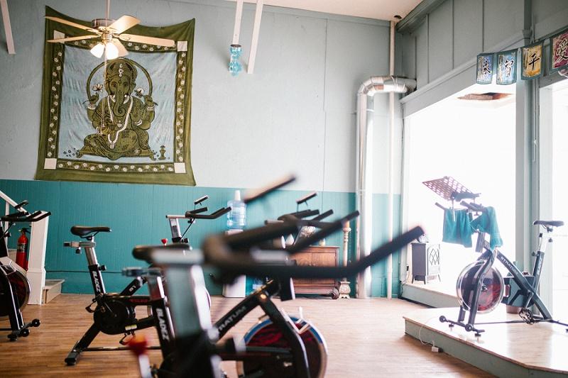 west-michigan-yoga-pound-fit-studio-stay-twisted-ludington-michigan-yoga-spin-pound-fit-studio-lauri-8347.jpg