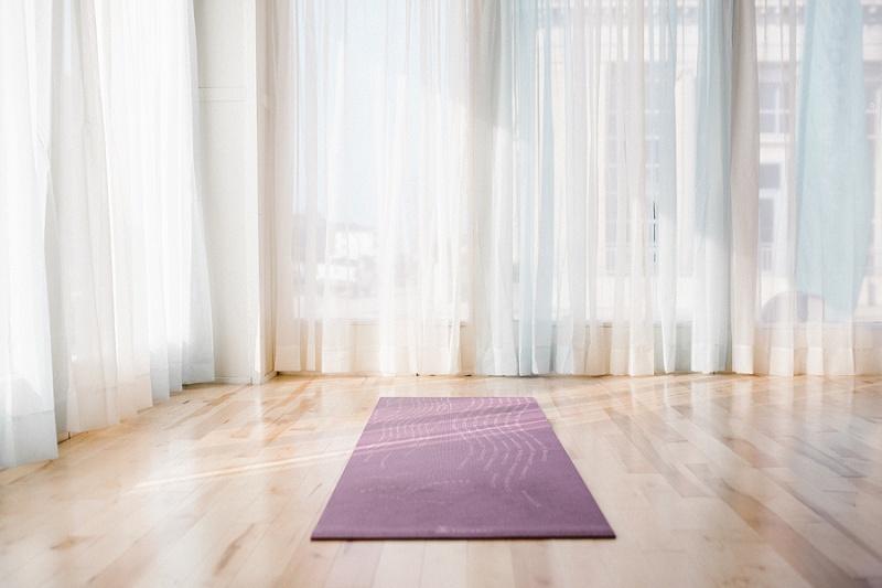 west-michigan-yoga-pound-fit-studio-stay-twisted-ludington-michigan-yoga-spin-pound-fit-studio-lauri-8350.jpg