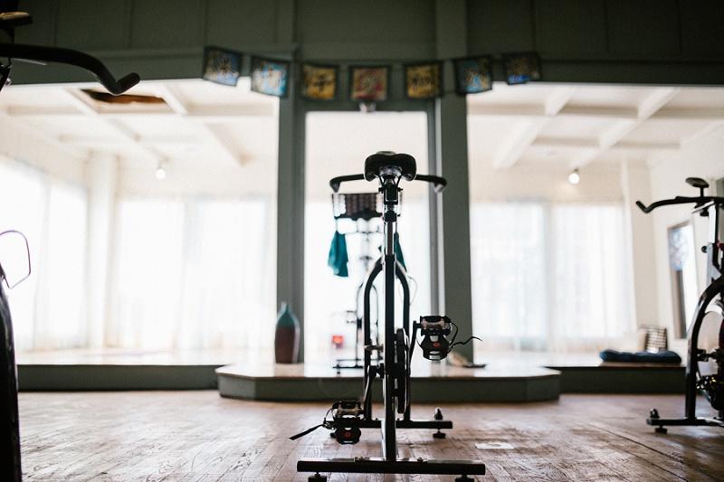 west-michigan-yoga-pound-fit-studio-stay-twisted-ludington-michigan-yoga-spin-pound-fit-studio-lauri-8365.jpg