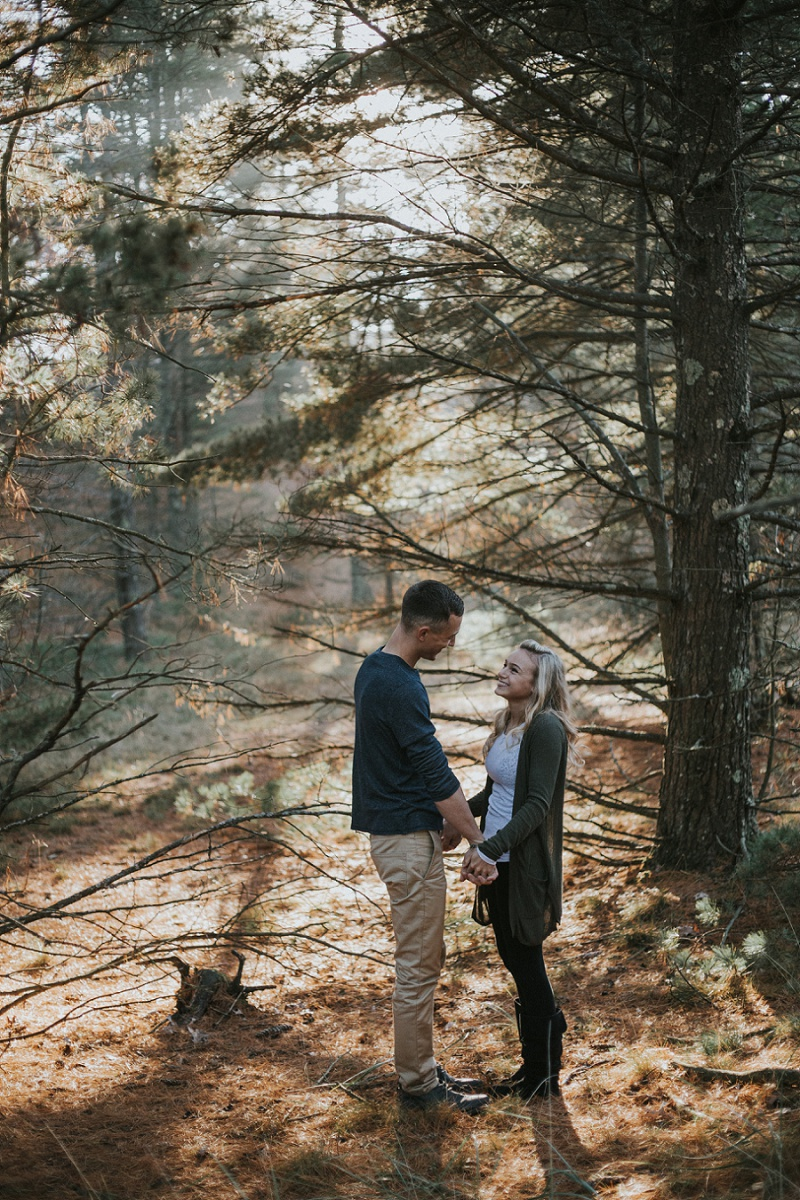west-michigan-lifestyle-photographer-ludington-michigan-engagement-session-with-rachel-and-austin-8682.jpg