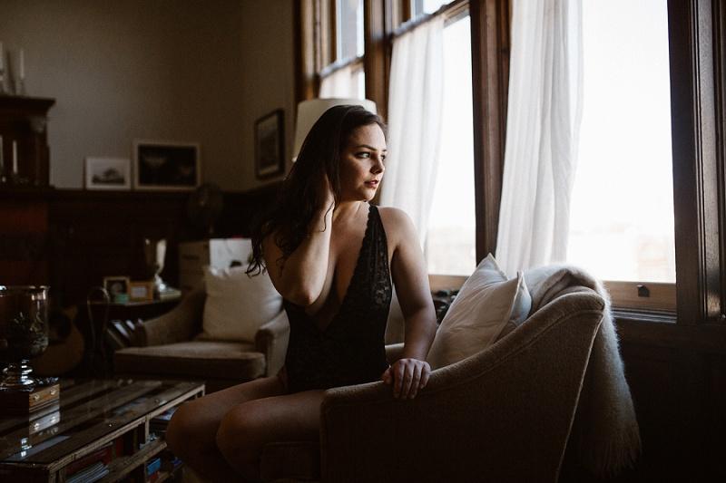 west-michigan-womens-portraiture-ludington-michigan-indoor-boudoir-session-with-nanette-jessica-max-0032.jpg