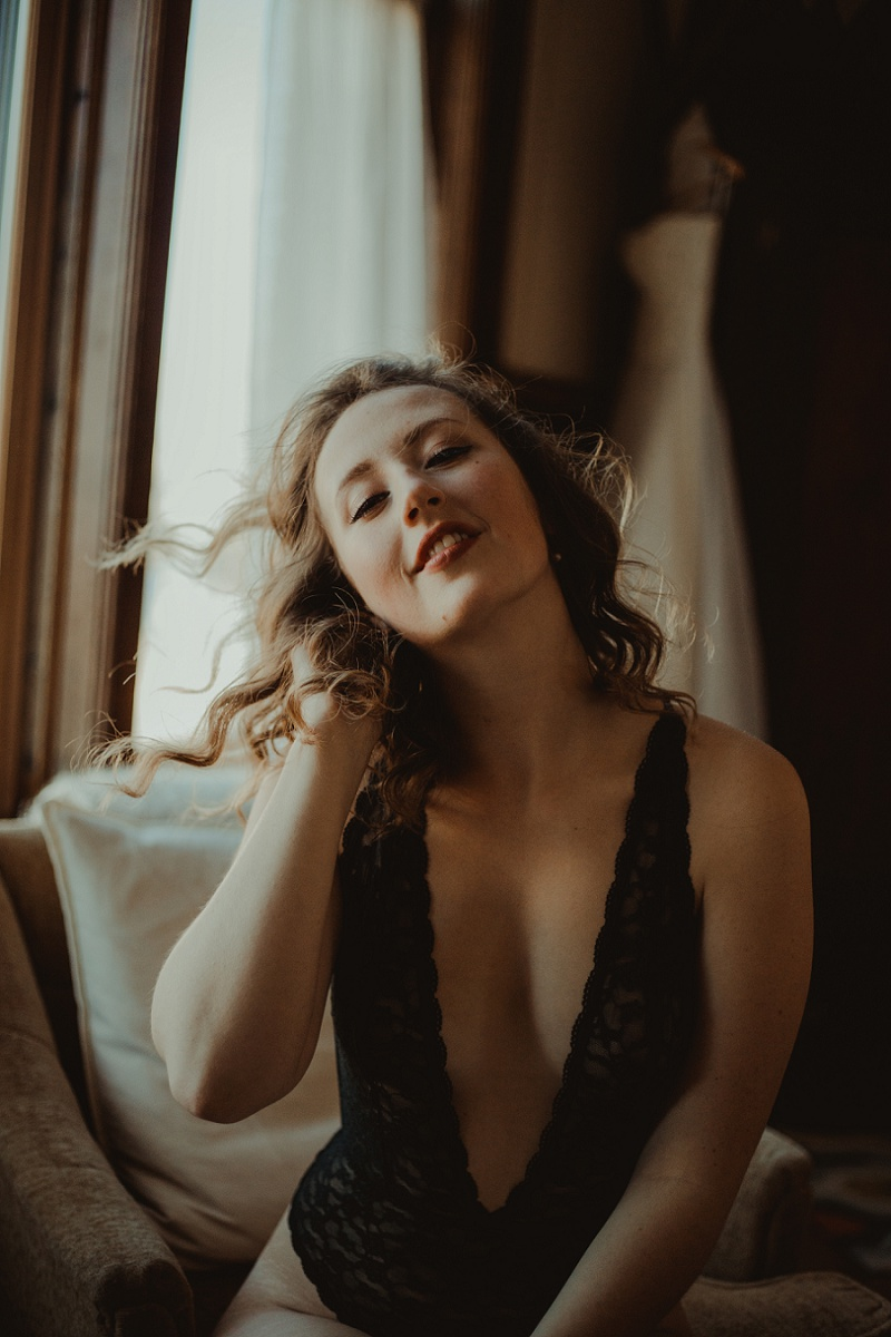west-michigan-boudoir-photographer-ludington-michigan-womens-portraiture-short-session-with-kayla-9479.jpg