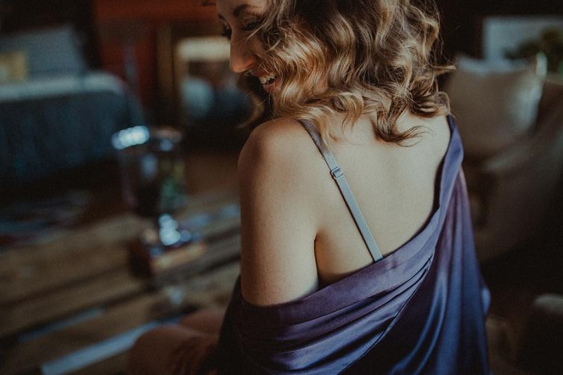 west-michigan-boudoir-photographer-ludington-michigan-womens-portraiture-short-session-with-kayla-9301.jpg