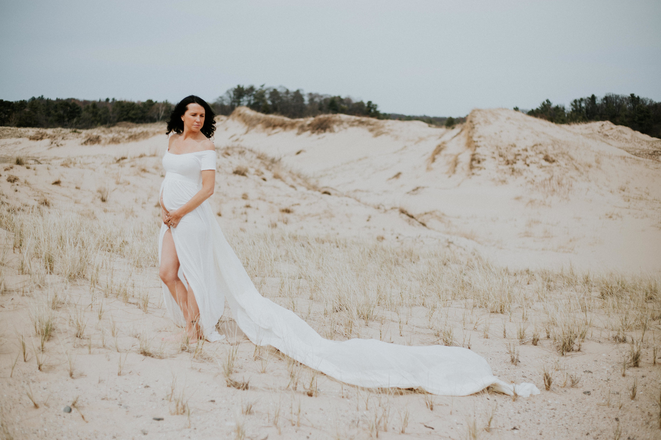 michigan-maternity-photographer-motherhood-ludington-michigan-motherhood-maternity-session-with-jessica-max-9941.jpg