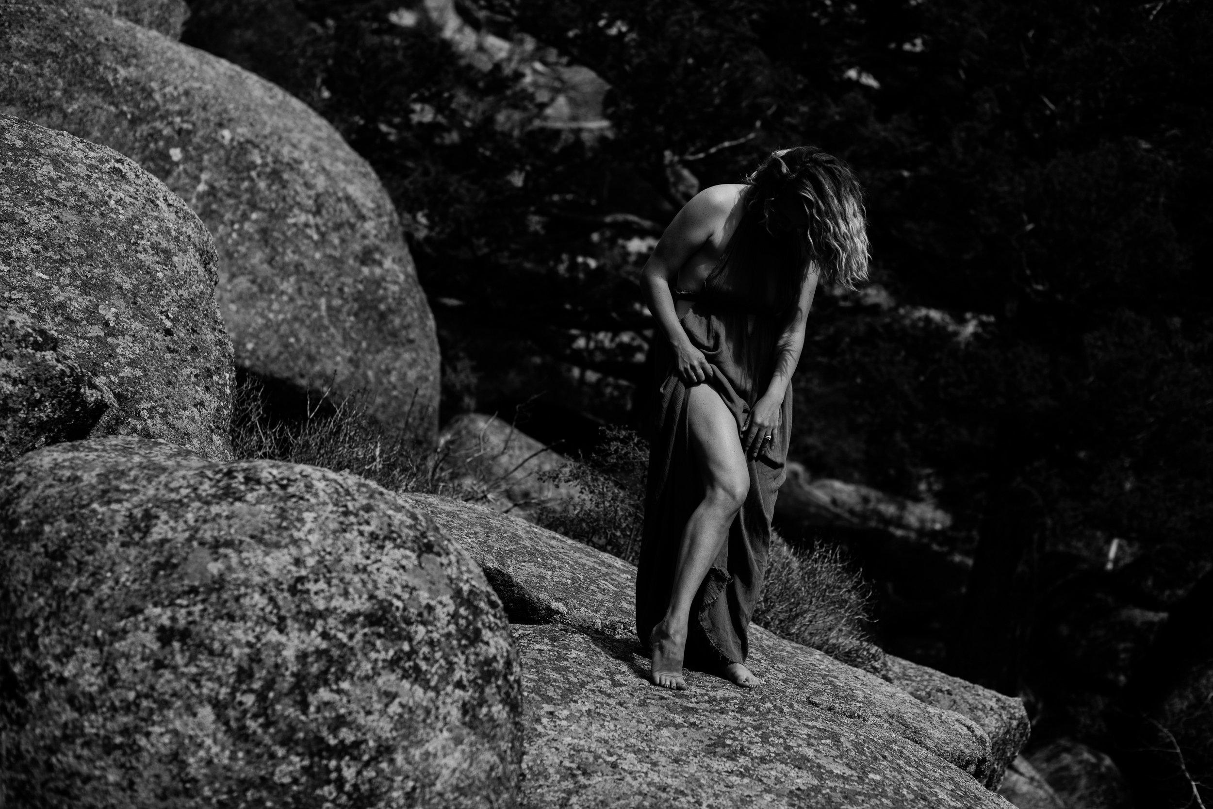 colorado-boudoir-photographer-vedauwoo-soul-session-jessica-max-017.jpg