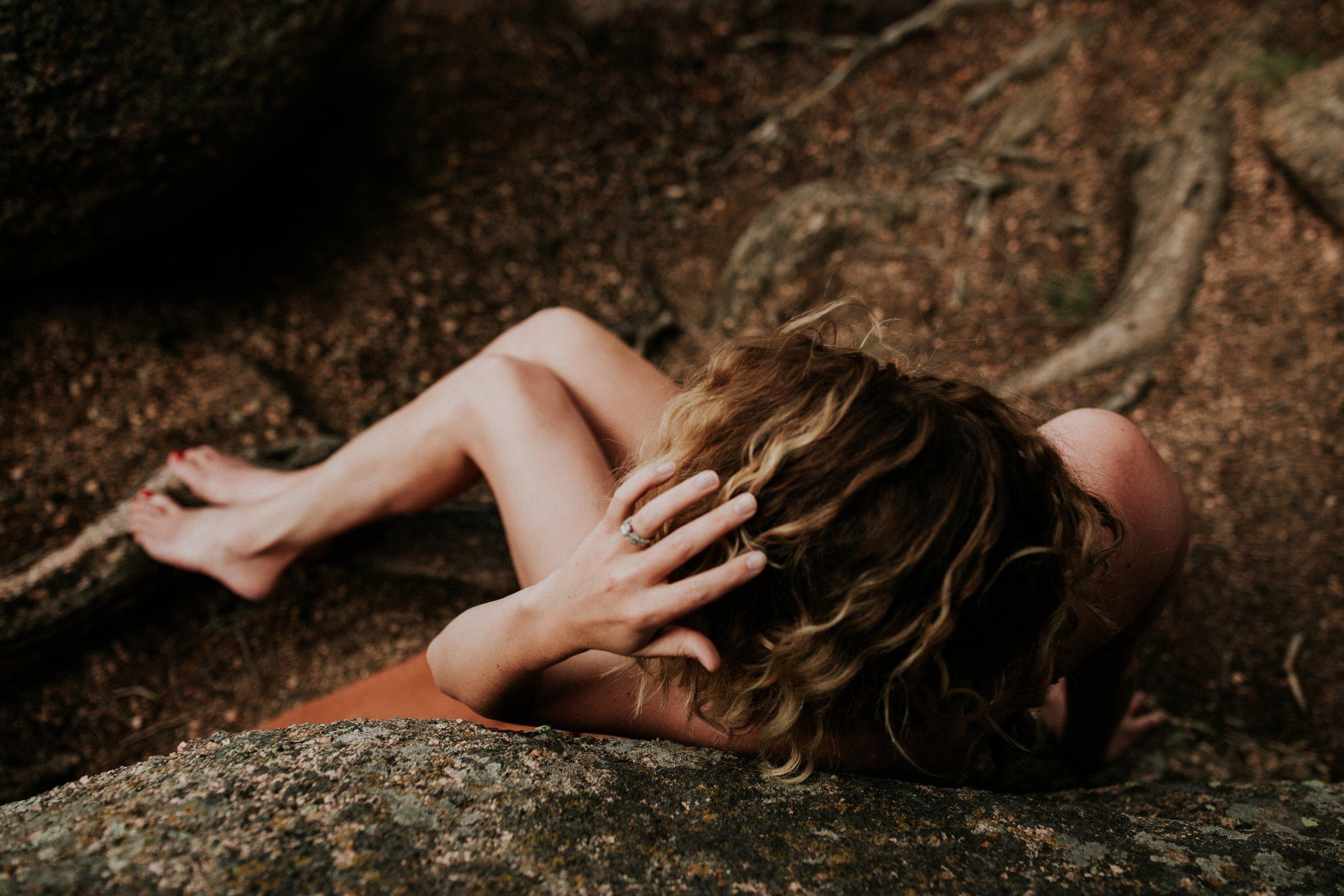 colorado-boudoir-photographer-vedauwoo-soul-session-jessica-max-058.jpg