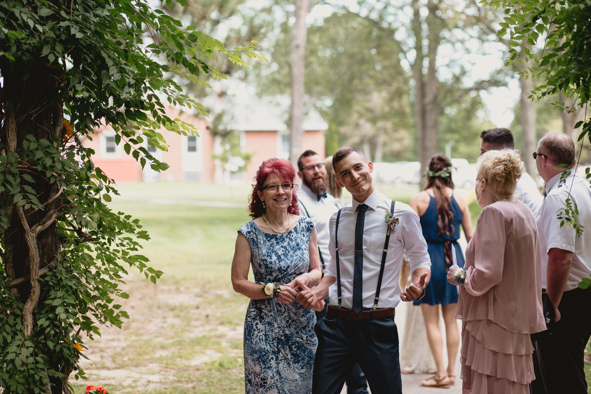 west-michigan-wedding-photographer-whitehall-rachel-austin-chapel-in-the-pines-196.jpg