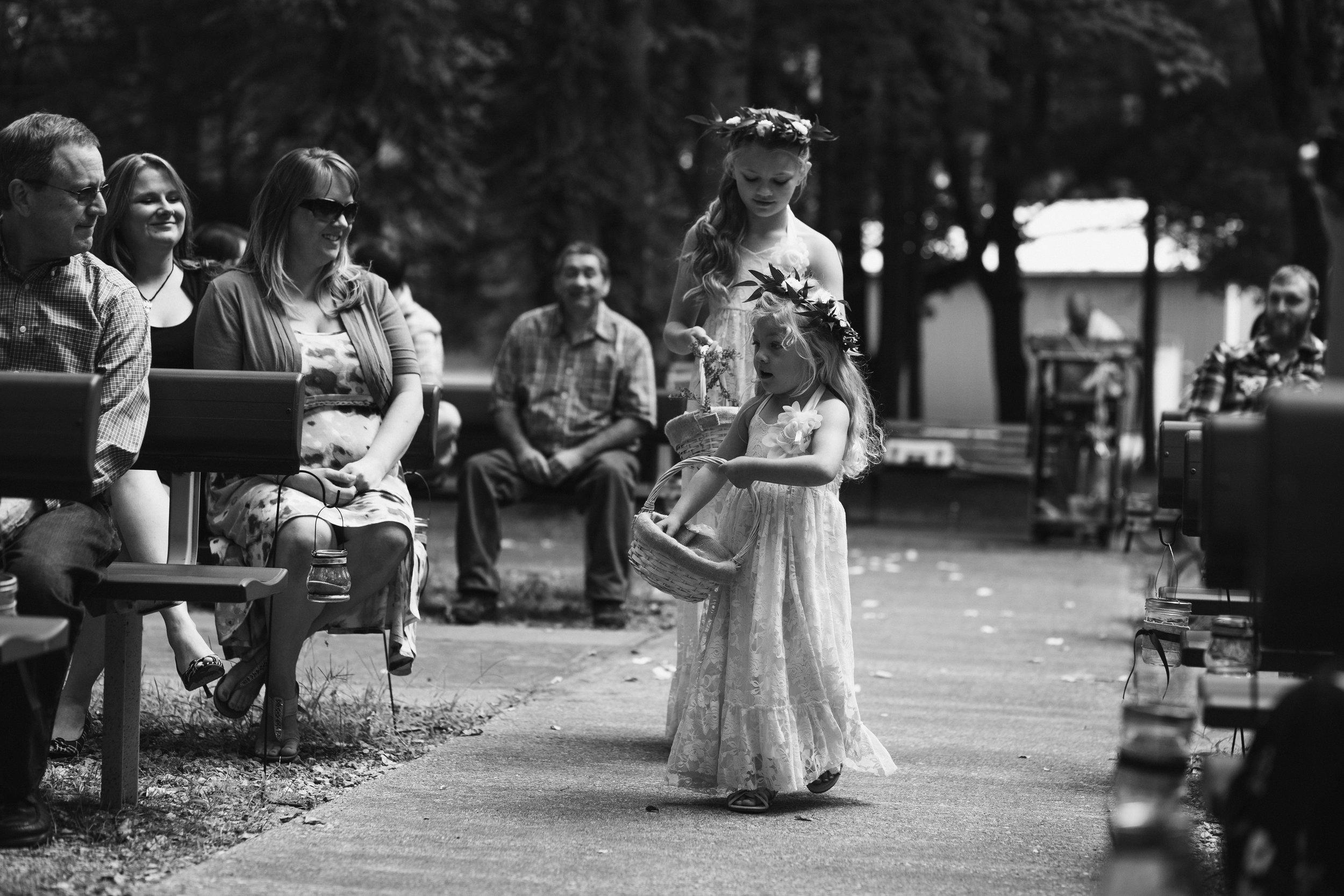 west-michigan-wedding-photographer-whitehall-rachel-austin-chapel-in-the-pines-232.jpg