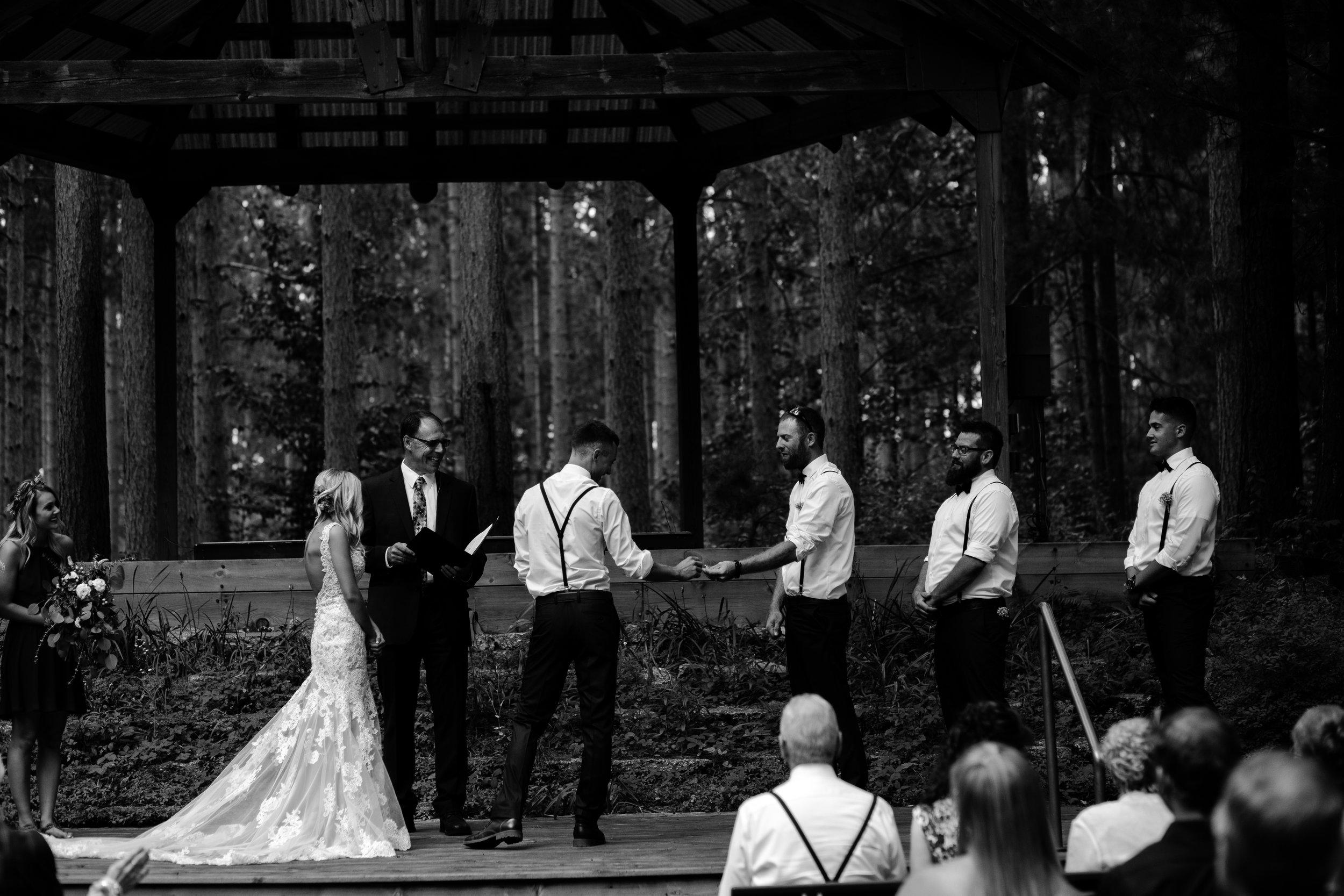 west-michigan-wedding-photographer-whitehall-rachel-austin-chapel-in-the-pines-289.jpg