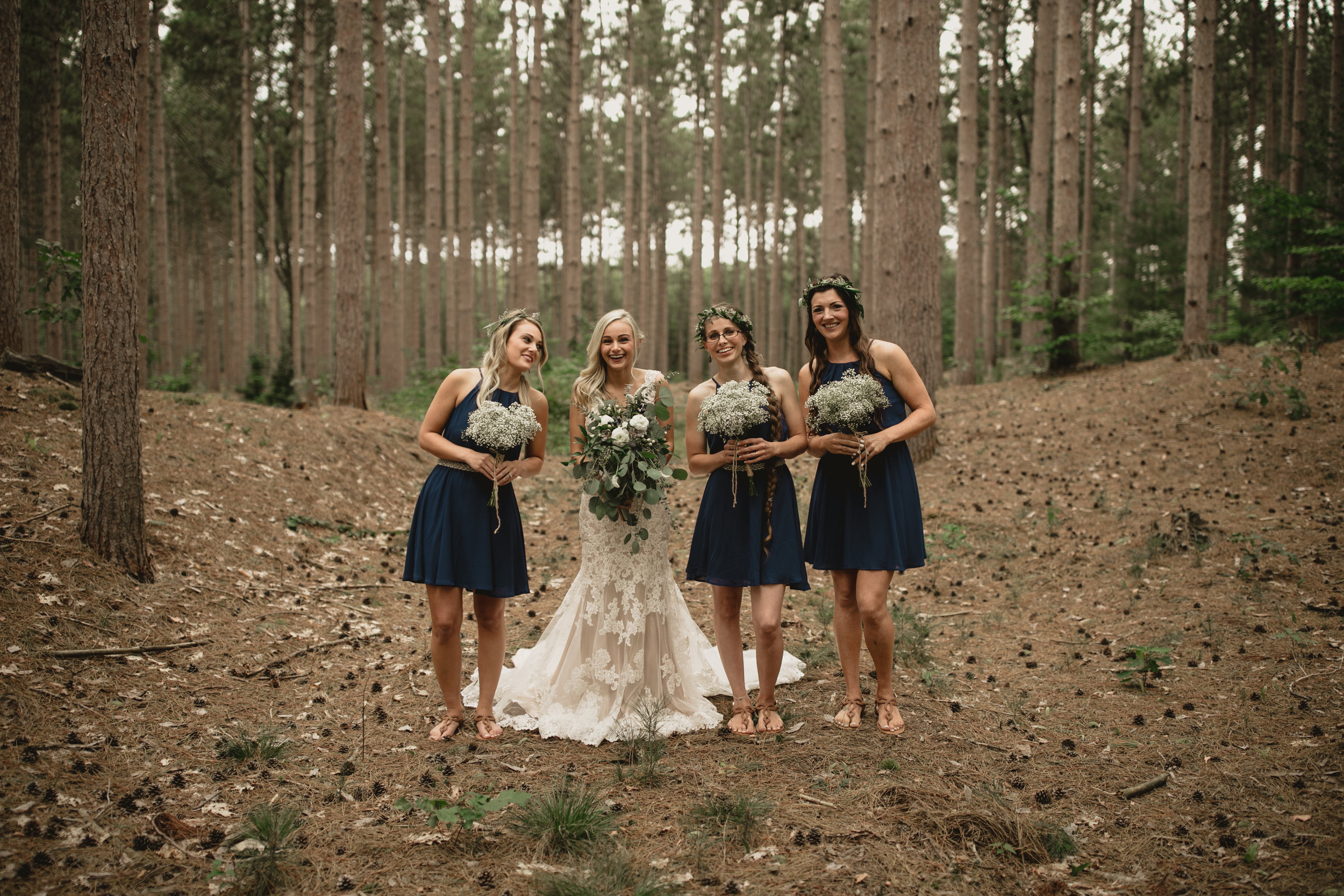 west-michigan-wedding-photographer-whitehall-rachel-austin-chapel-in-the-pines-444.jpg