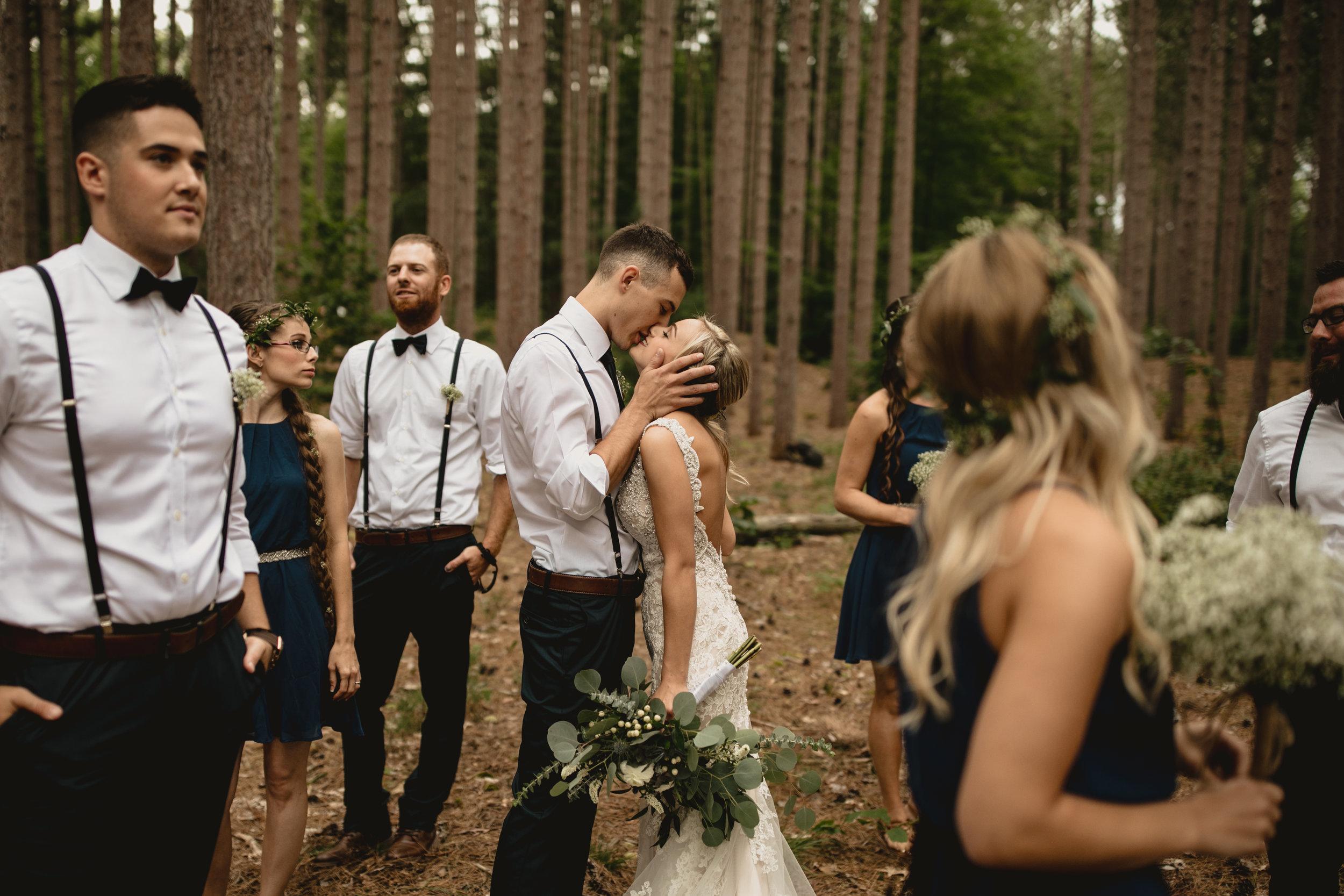 west-michigan-wedding-photographer-whitehall-rachel-austin-chapel-in-the-pines-466.jpg