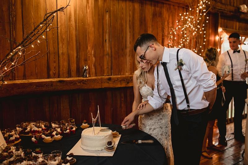 west-michigan-wedding-photographer-whitehall-rachel-austin-chapel-in-the-pines-742.jpg