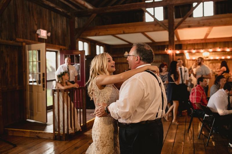 west-michigan-wedding-photographer-whitehall-rachel-austin-chapel-in-the-pines-901.jpg