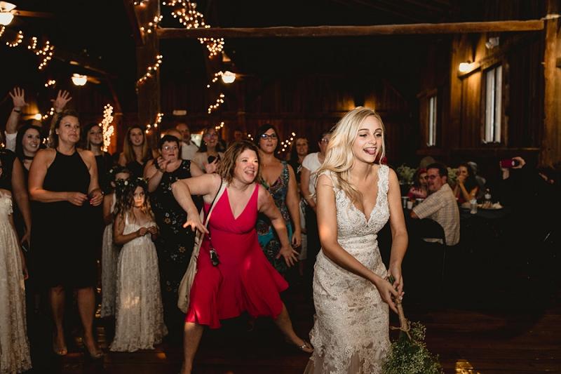 west-michigan-wedding-photographer-whitehall-rachel-austin-chapel-in-the-pines-1019.jpg