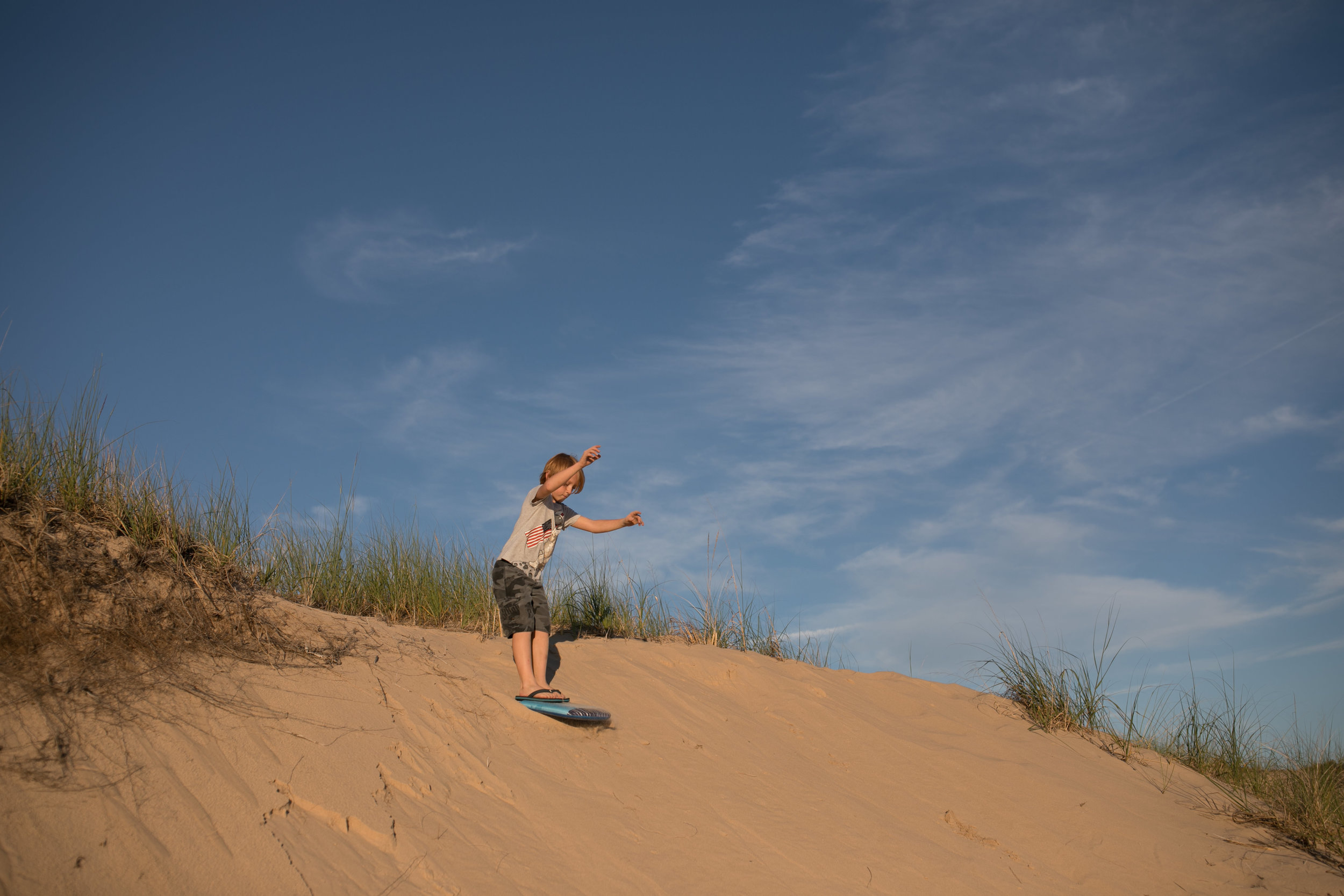 michigan-storytelling-photographer-ludington-beach-live-36.jpg