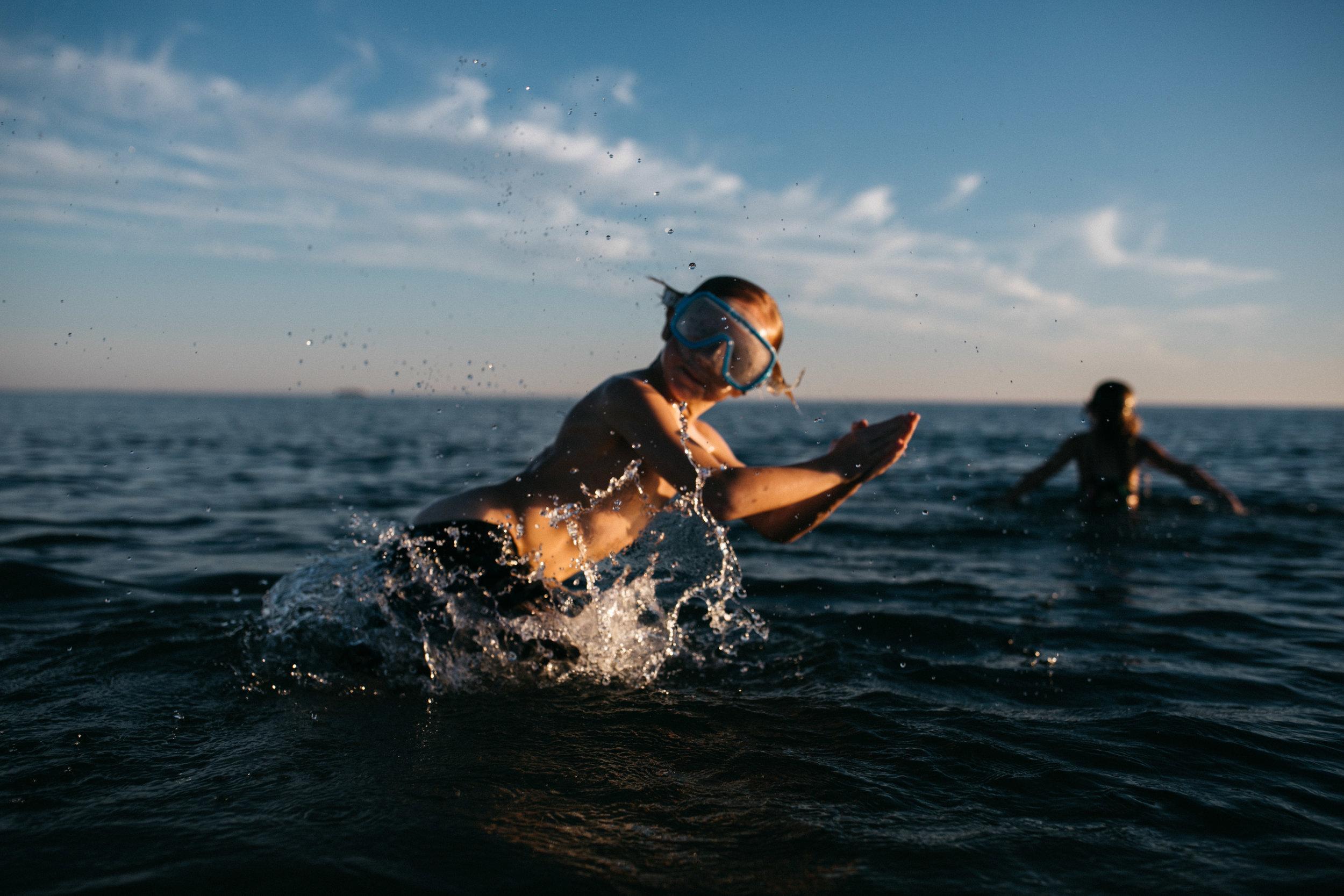michigan-storytelling-photographer-ludington-beach-live-105.jpg