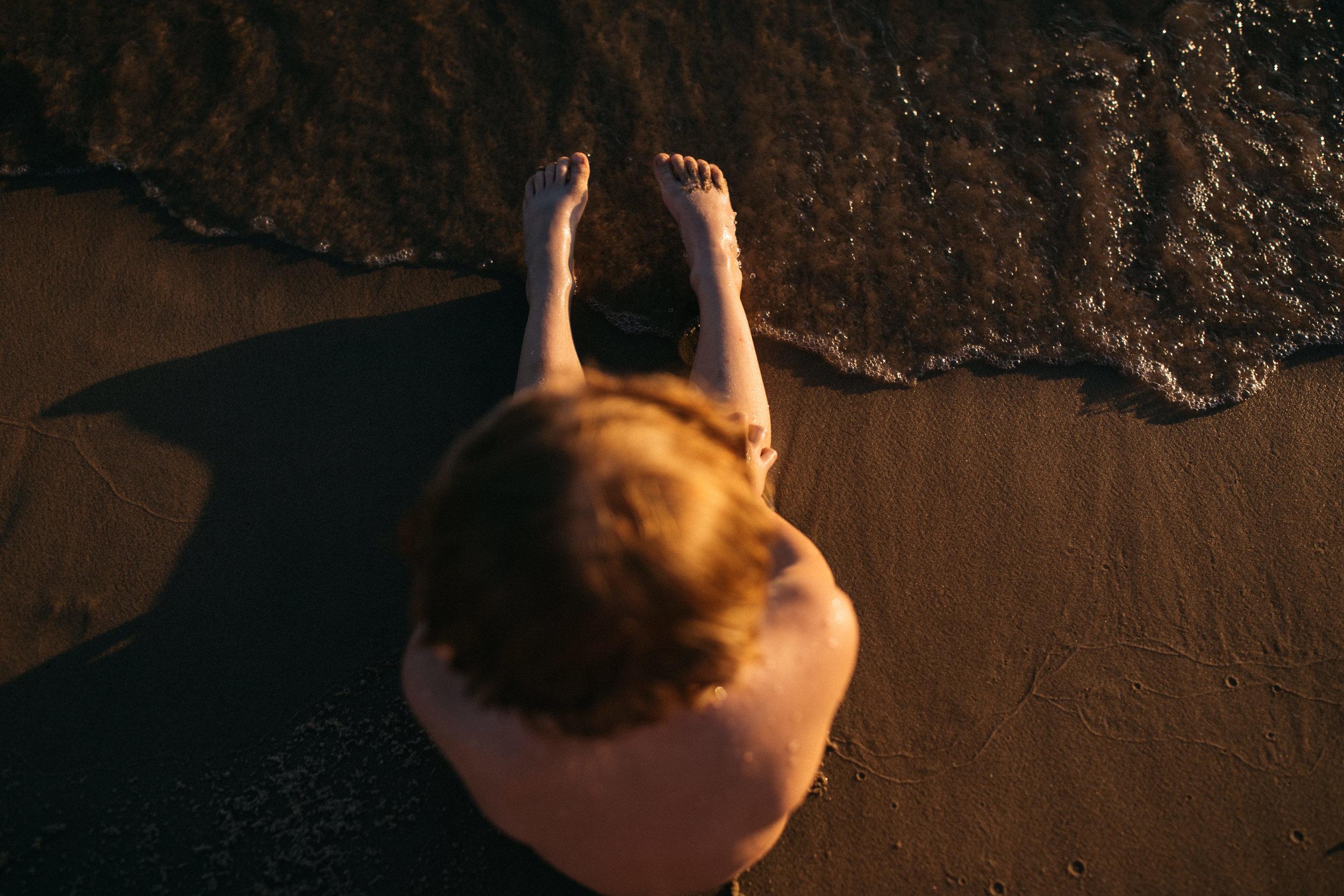 michigan-storytelling-photographer-ludington-beach-live-153.jpg