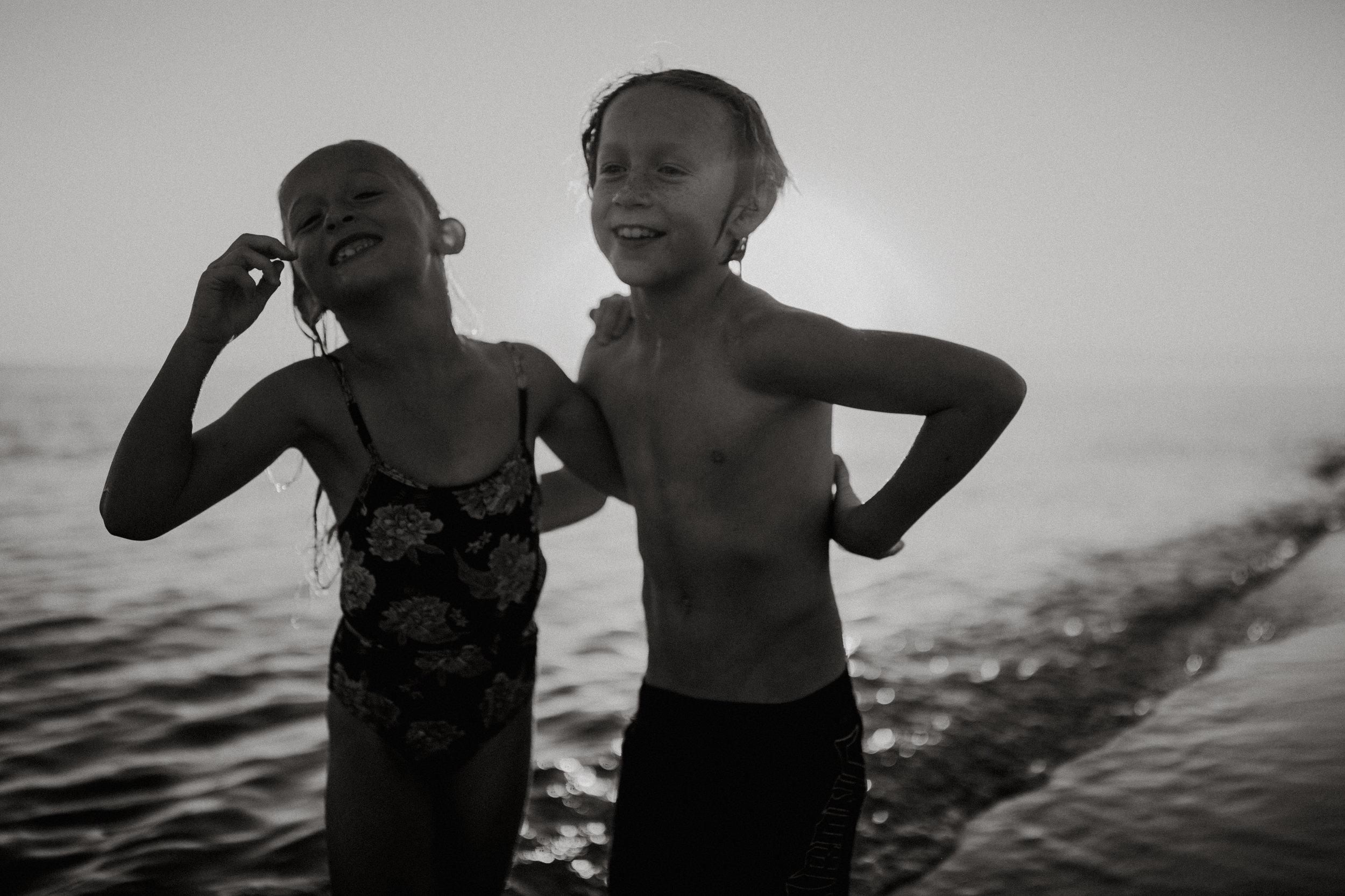 michigan-storytelling-photographer-ludington-beach-live-171.jpg