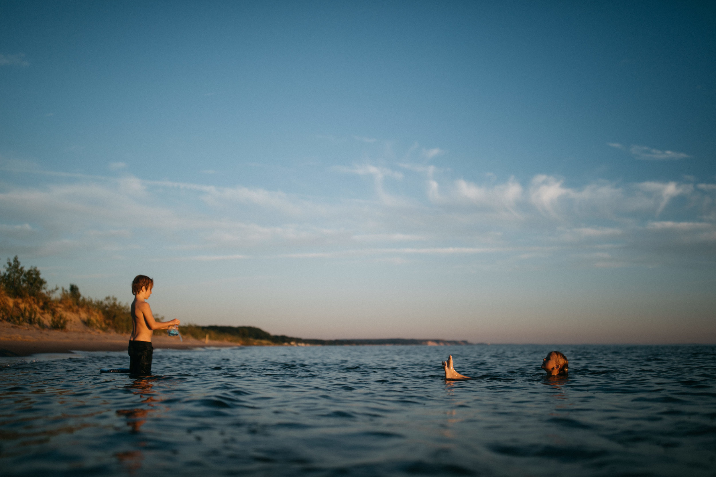 michigan-storytelling-photographer-ludington-beach-live-208.jpg