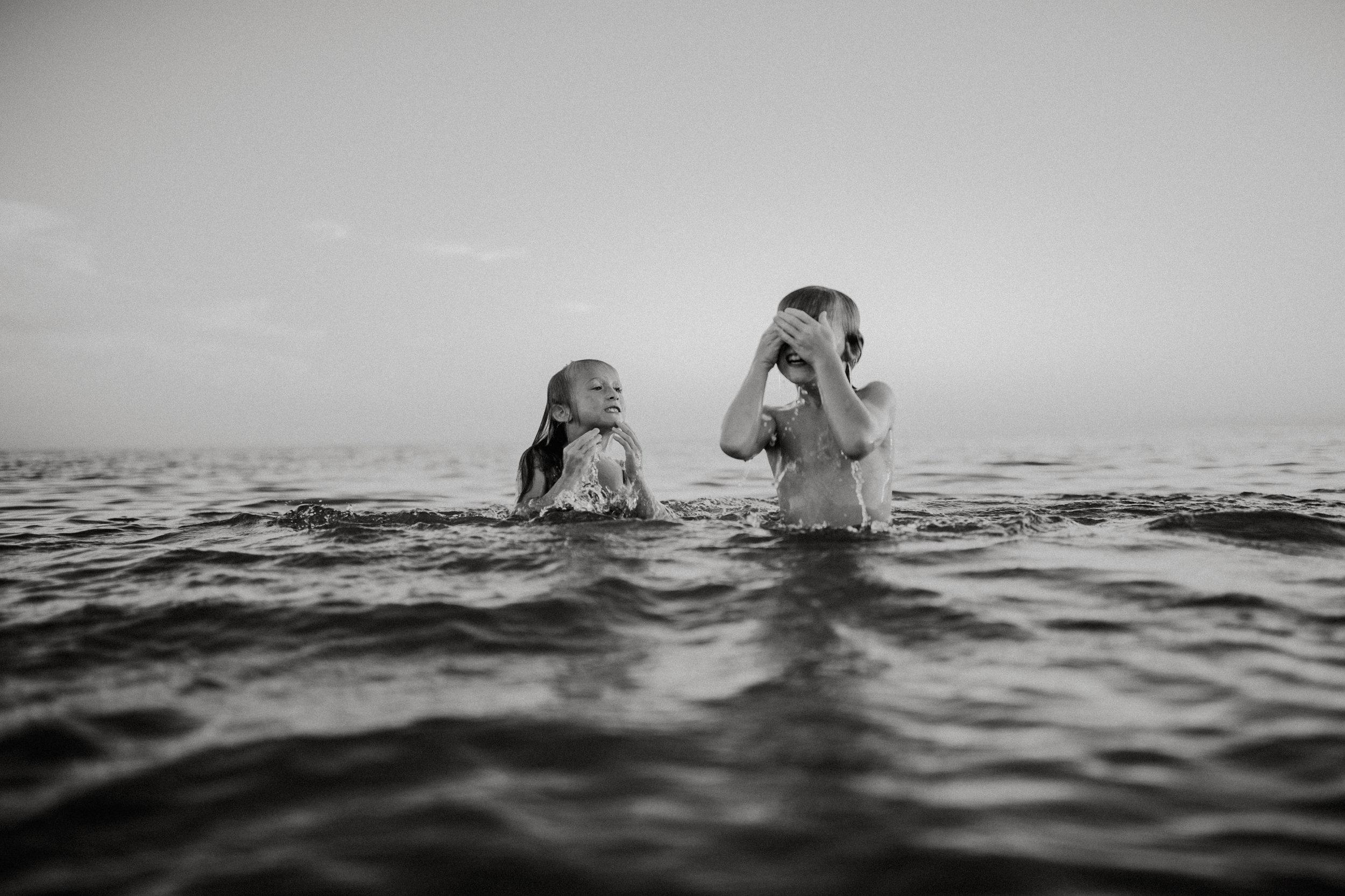 michigan-storytelling-photographer-ludington-beach-live-316.jpg