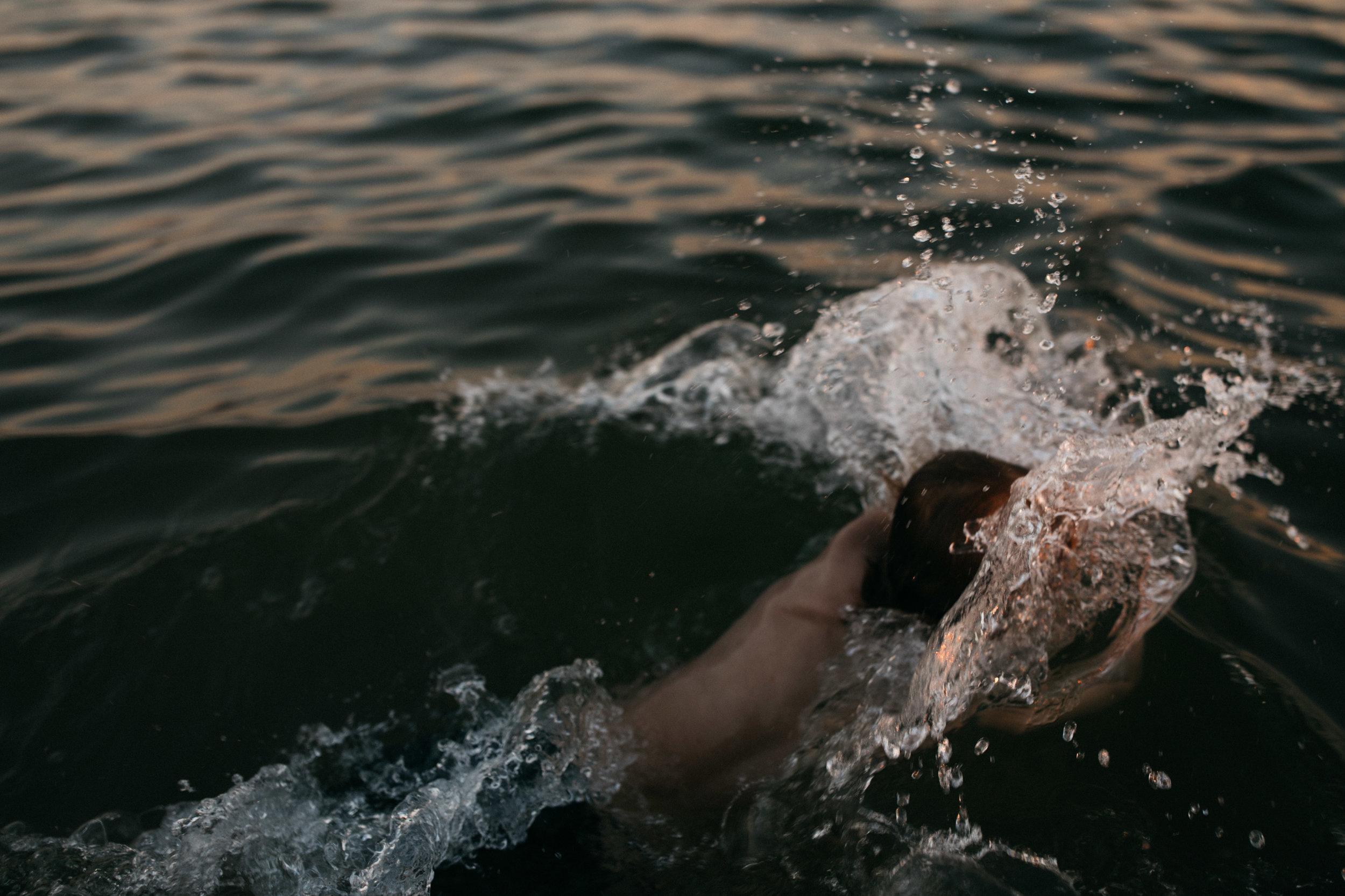 michigan-storytelling-photographer-ludington-beach-live-326.jpg