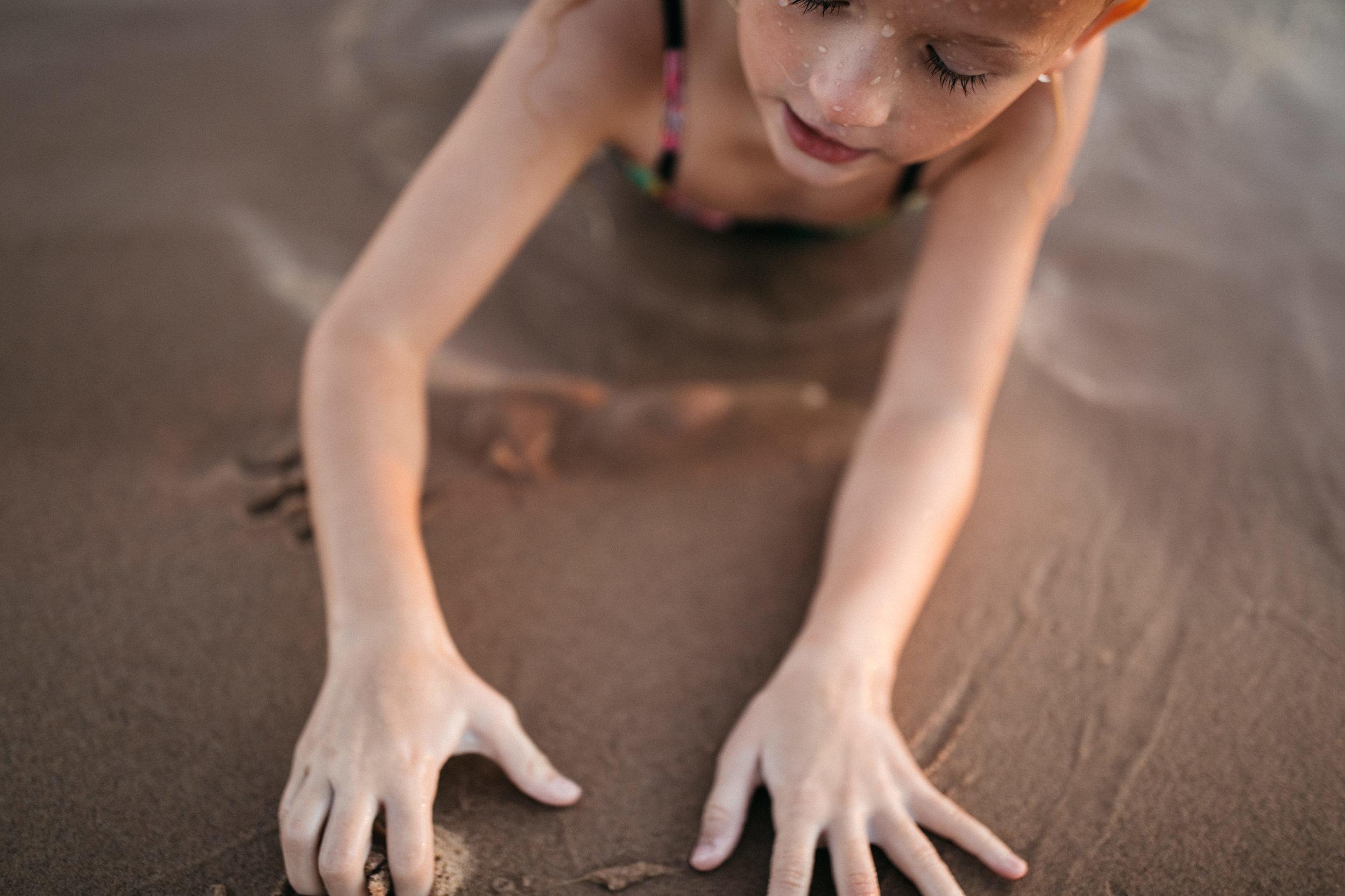 michigan-storytelling-photographer-ludington-beach-live-329.jpg