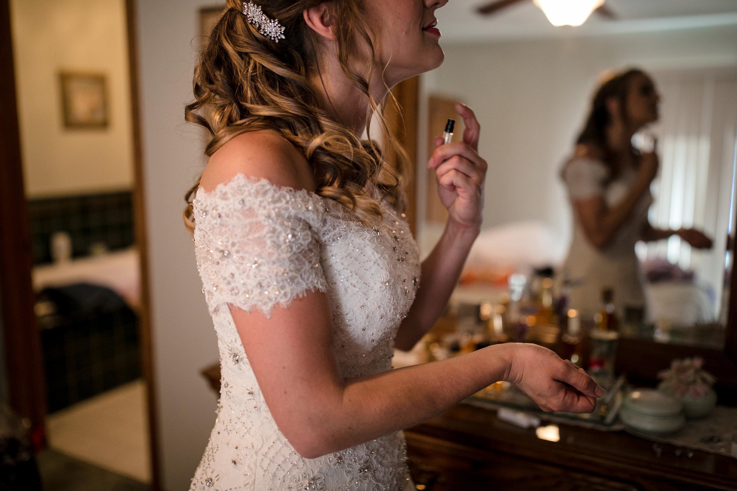 ludington-michigan-intimate-backyard-wedding-jessica-nolan66.jpg