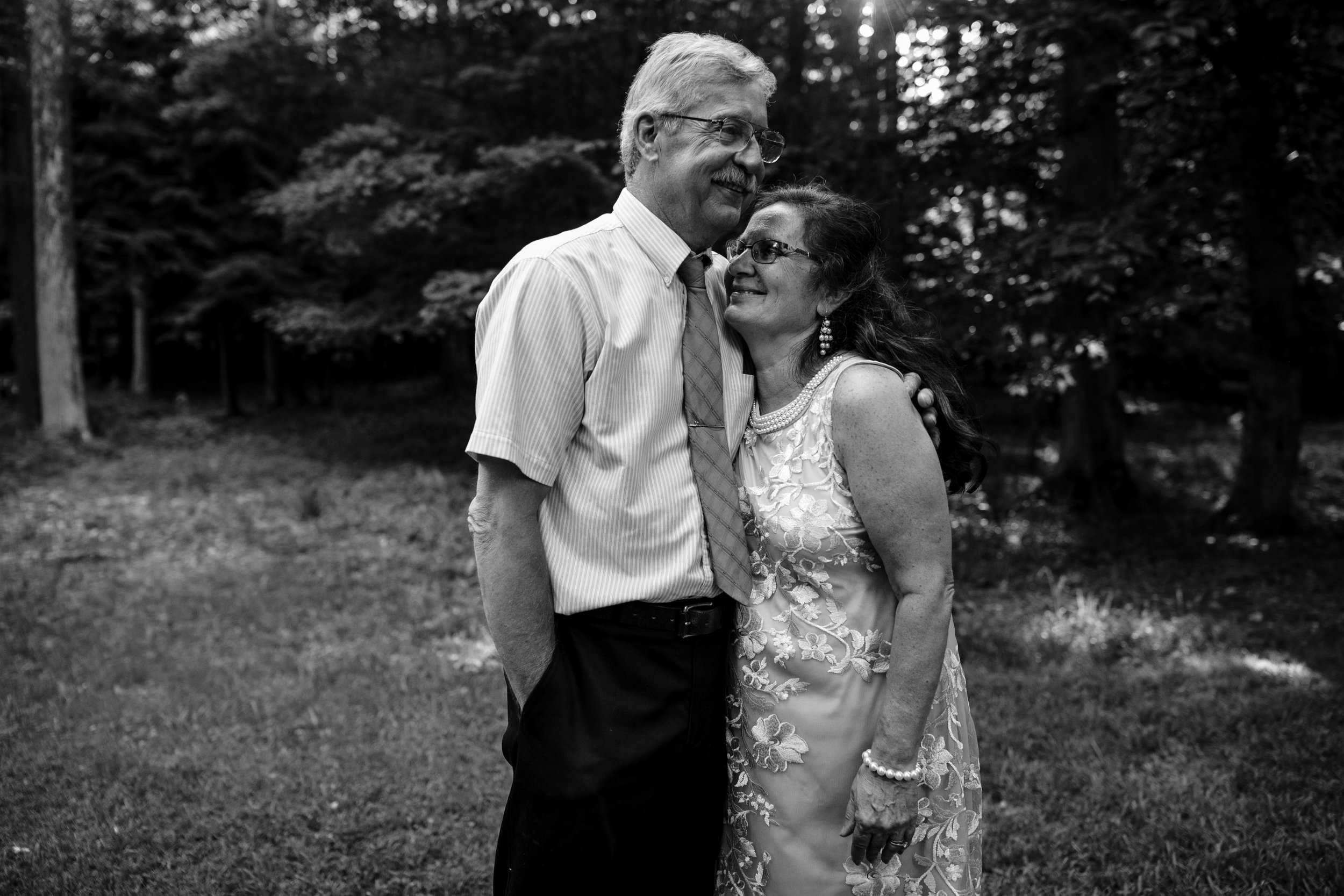 ludington-michigan-intimate-backyard-wedding-jessica-nolan373.jpg