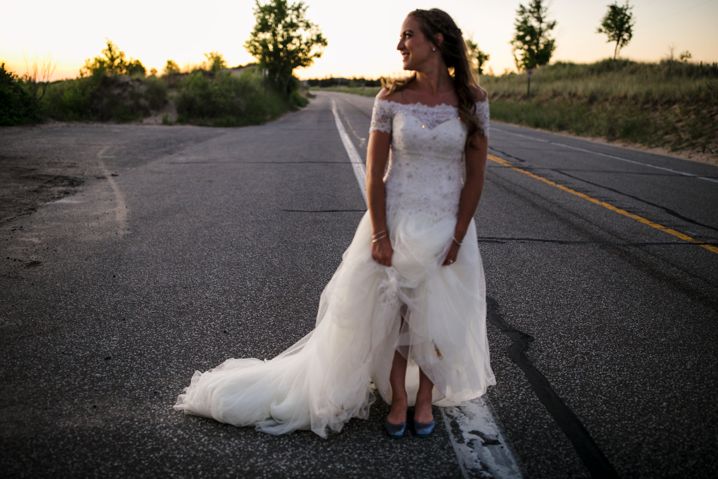 ludington-michigan-intimate-backyard-wedding-jessica-nolan516.jpg