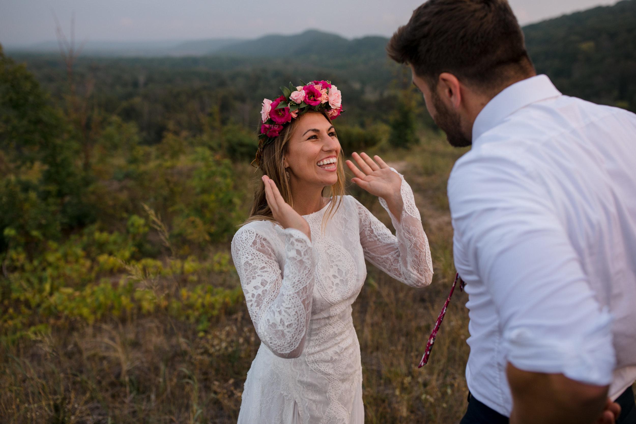 michigan-emotive-photographer-moonlight-elopement-mariha-hunter-118.jpg