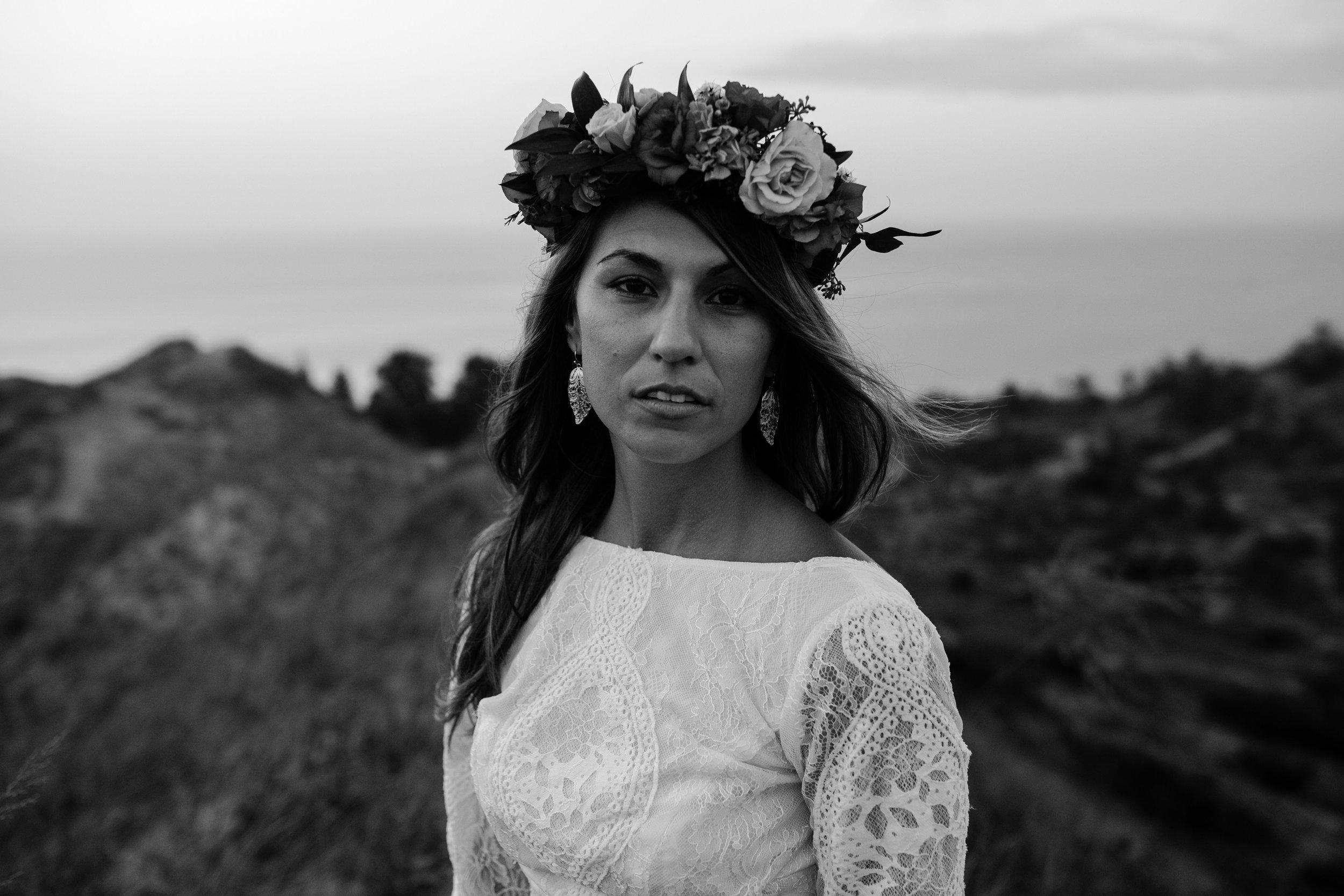 michigan-emotive-photographer-moonlight-elopement-mariha-hunter-161.jpg