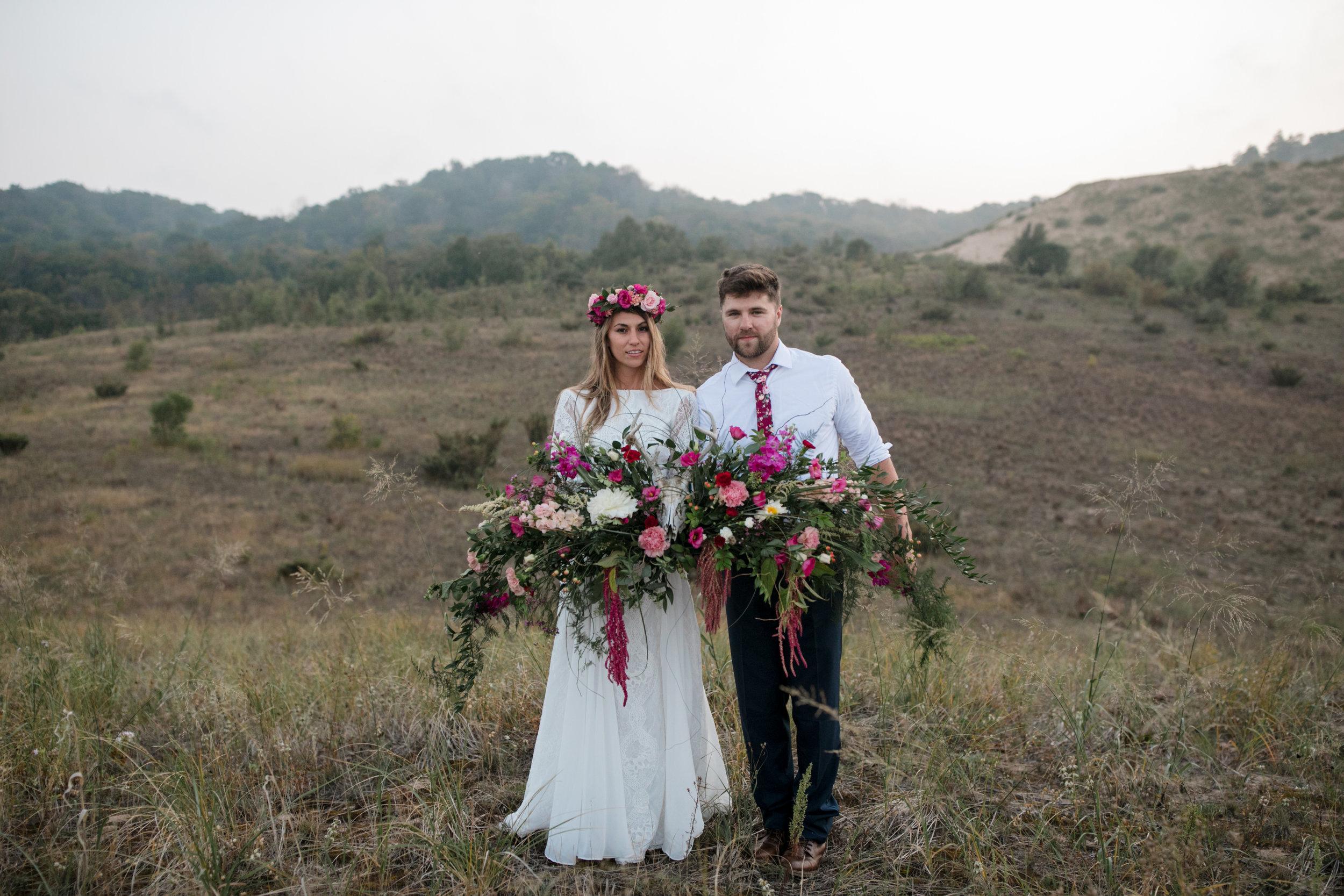 michigan-emotive-photographer-moonlight-elopement-mariha-hunter-184.jpg