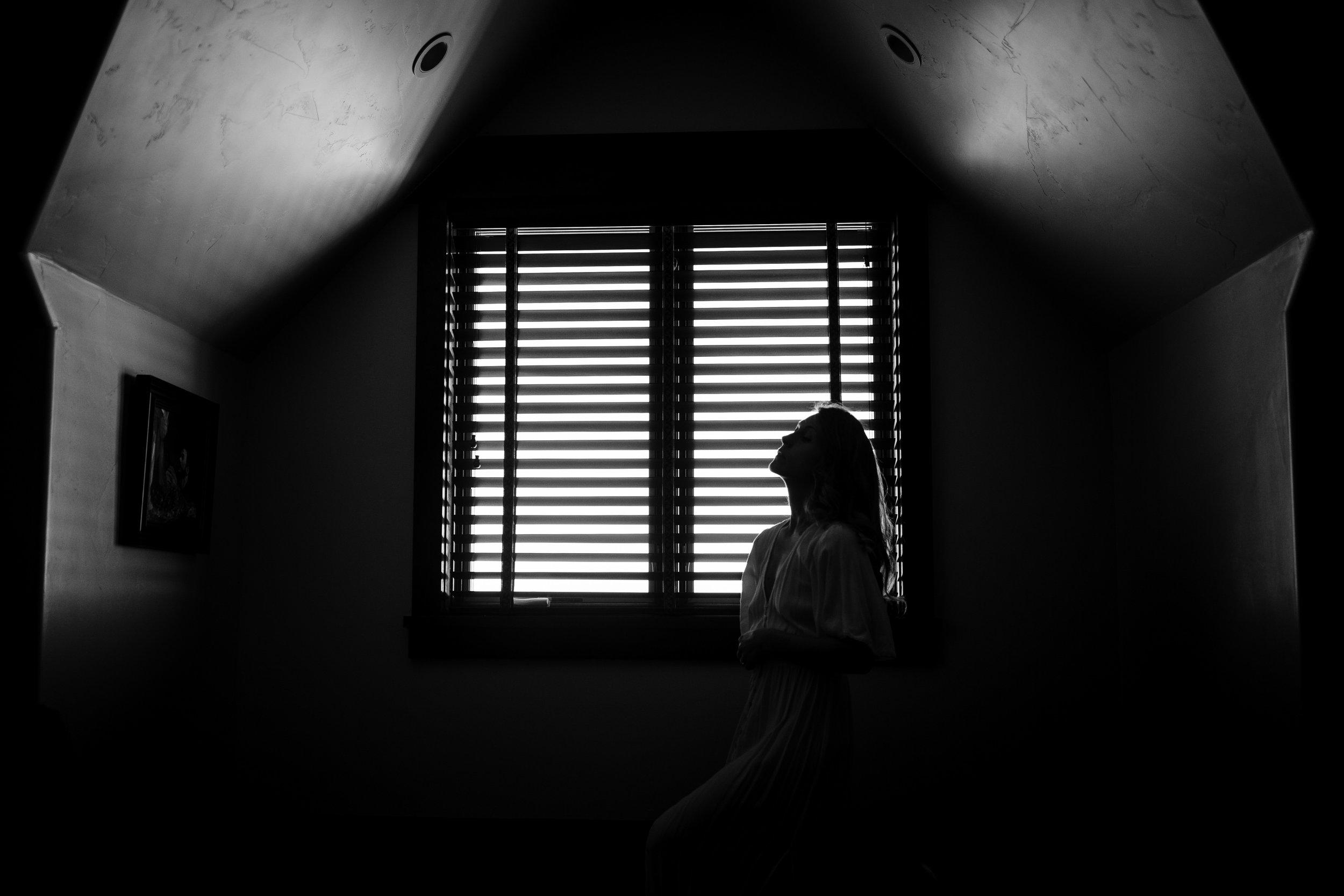 emotive-photographer-jessica-max-april.jpg