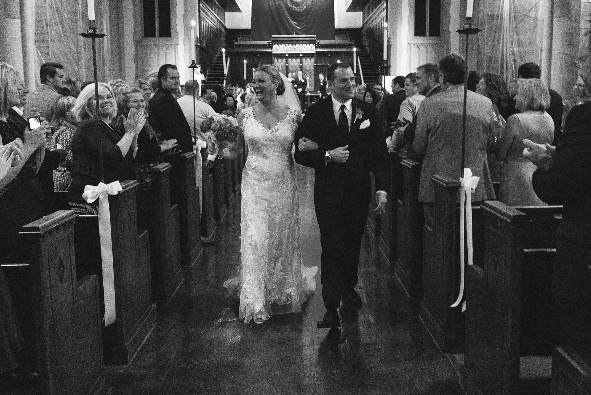 Dayton Wedding Photographer - Bride and Groom Isle