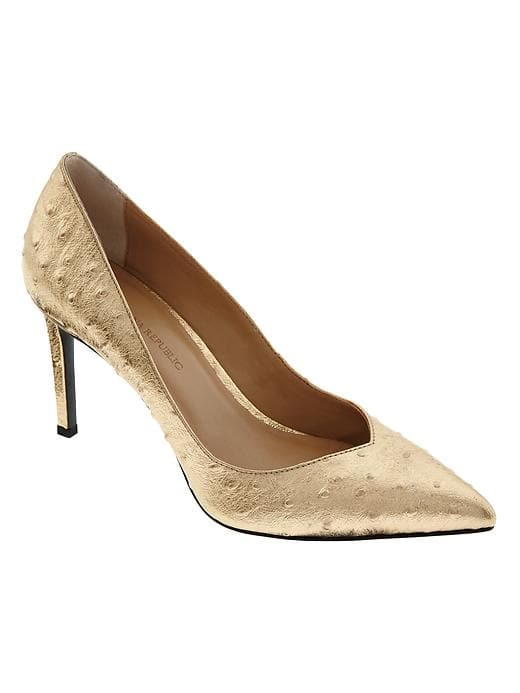Banana Republic Madison 12 Hour Pump   Elevate any outfit with a pair of gold pumps. You will wear these all the time!