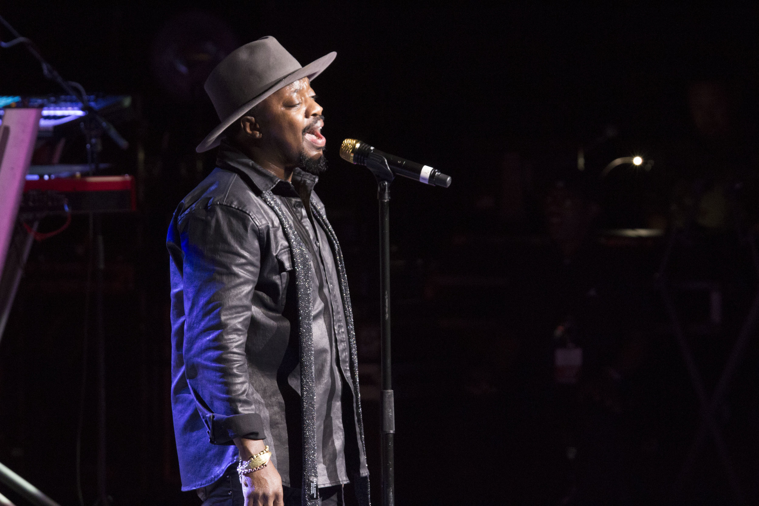 Anthony Hamilton 10.jpg