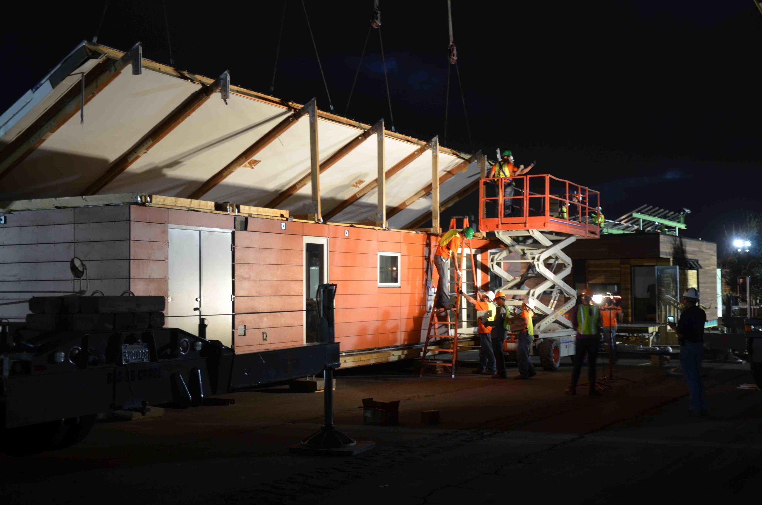 SD13 9-25f roof lifting .jpg