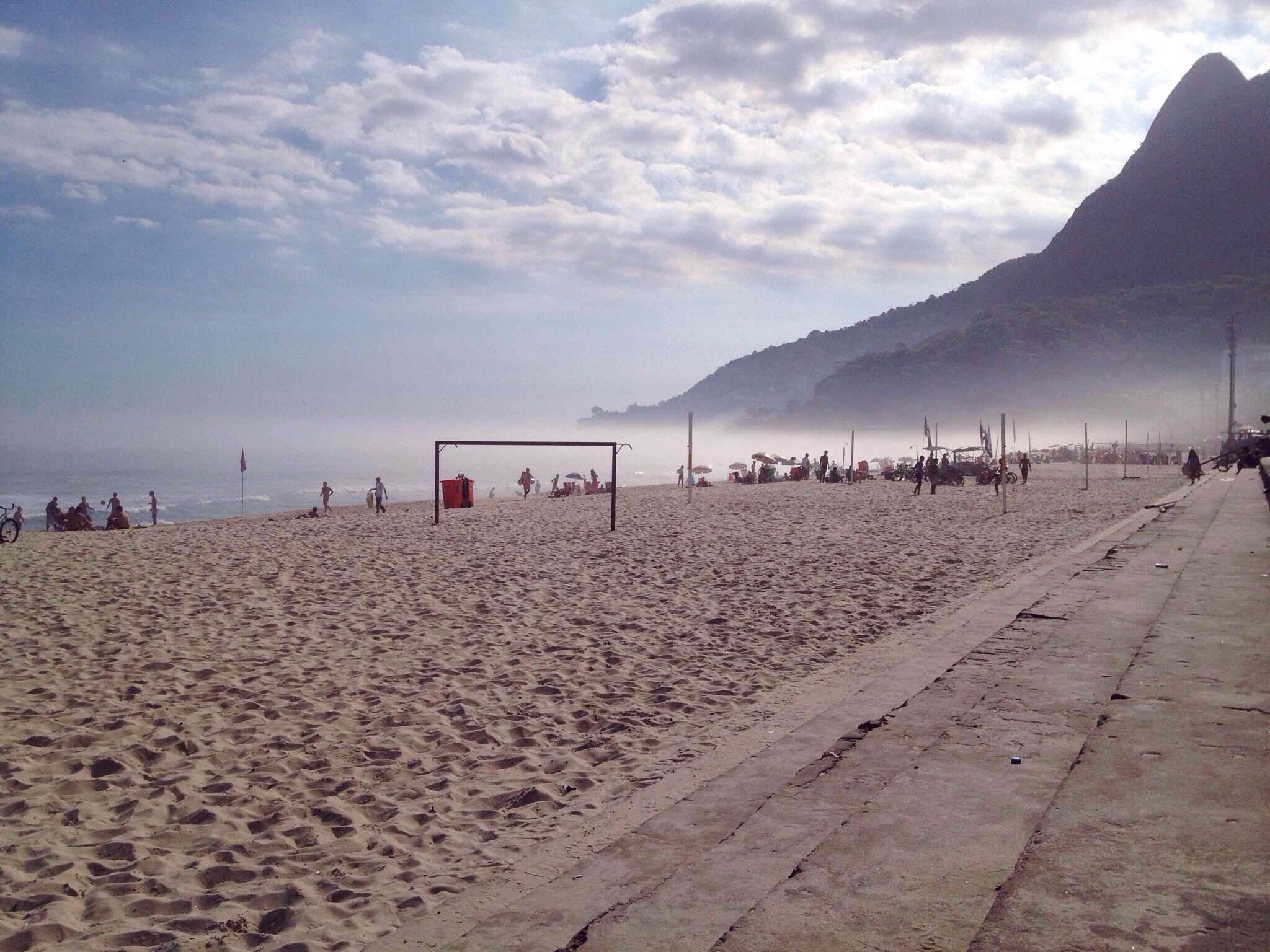 Ipanema Beach Rio de Janeiro.jpg