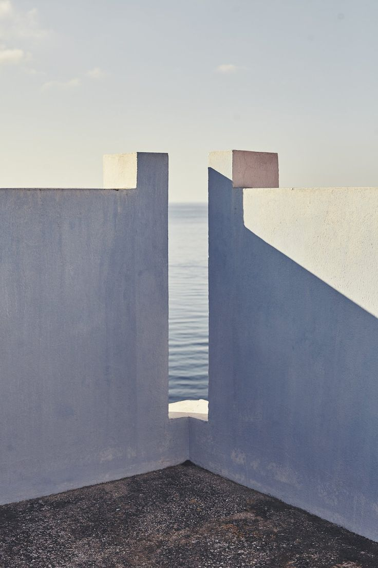 La Muralla Roja apartments in Alicante Spain - Ricardo Bofill - photo by Nacho Alegre.jpg
