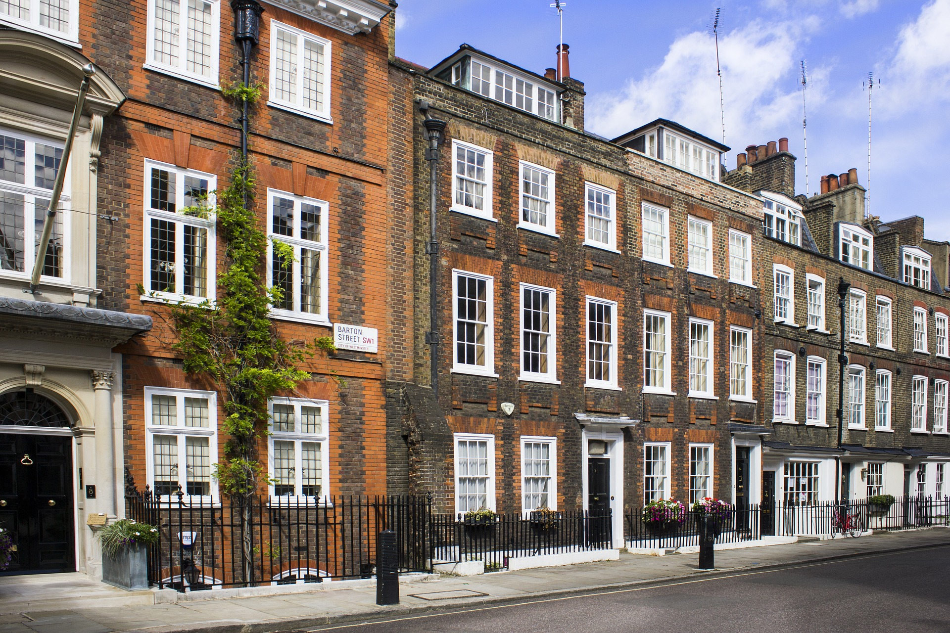 Central London Airbnb.jpg