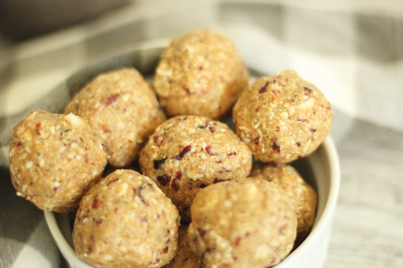 Cranberry-Almond-Energy-Balls-4.png