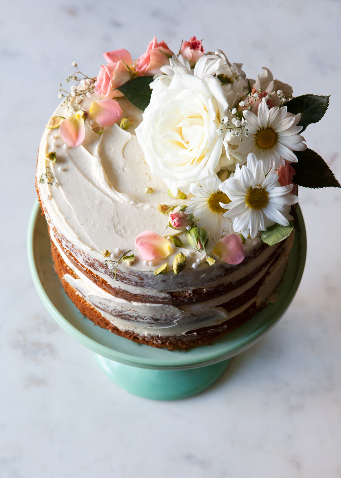 Flower Wedding Cake - How to make a naked cake