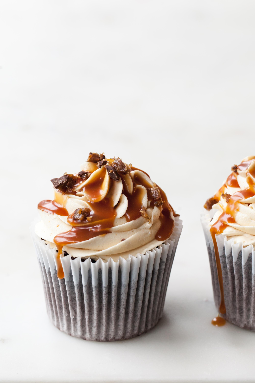 Chocolate Peanut Butter Caramel Cupcakes
